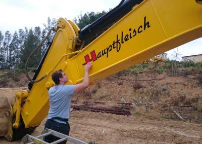 Branding-on-Digger